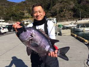 柴田さん  石鯛57cm