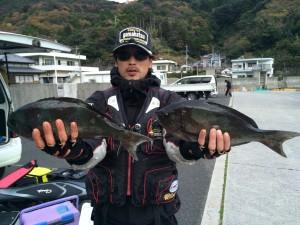 吉田さん  尾長42cm×2