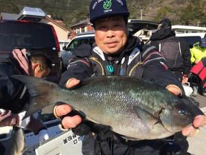 平山さん   尾長42cm