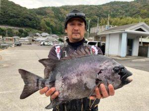 武藤さん  石鯛51cm